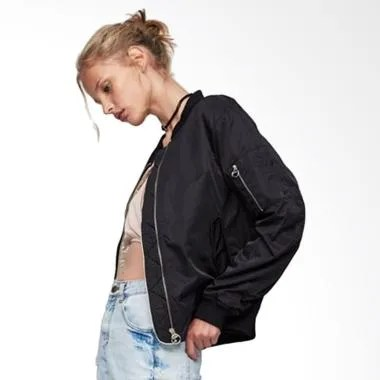 Pull and Bear Bomber Jacket - Black