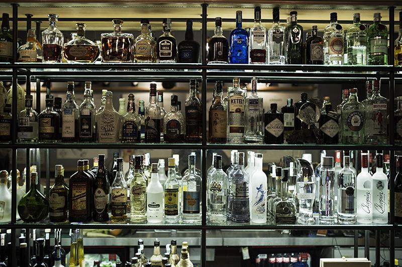 bar pharma branding
