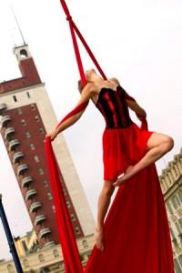 compagnia_teatro_di_strada (immagine da fratelliochner.it)