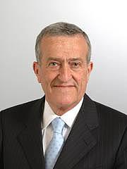 Il senatore Carmelo Morra