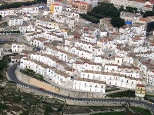 Centro di Monte Sant'Angelo, (fonte image: pdmontesantangelo.blog.it)