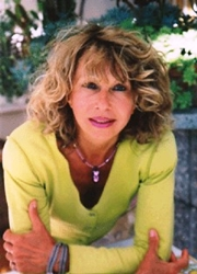 La scrittrice Angela Nanetti