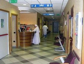 Interrogazione Zullo su requisiti base per accreditamenti cliniche sanitarie (fonte image: suore-domenicane.pcn.net)
