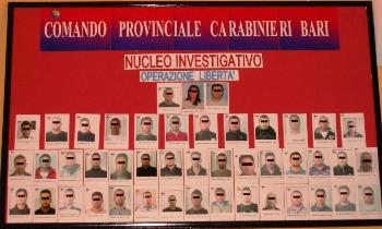 operazione Libertà, Bari (imm.conf.stampa)