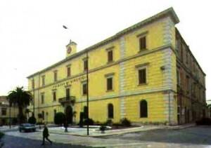 Palazzo di Giustizia Lucera (www.puntodistella.it)