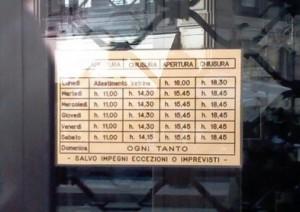 Apertura negozi (02blog.it)