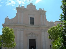 Chiesa di Gesù e Maria Foggia (fonte image: wikideep.it)