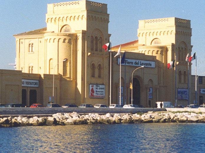 Fiera del Levante, ingresso porto (IMMAGINE D'ARCHIVIO)