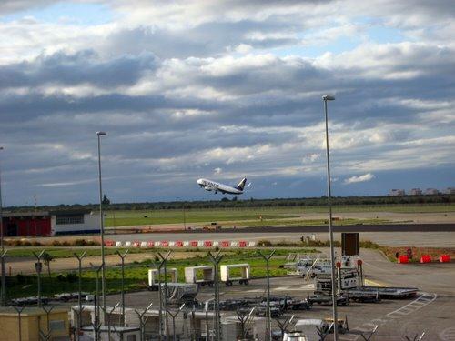 Aeroporto Bari (fonte image: controweb)