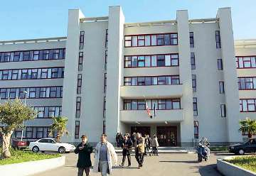 Il tribunale di Bari, esterno (archivio, fonte image: brindisireport.it)