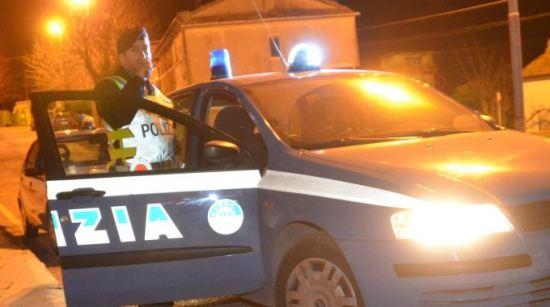 Polizia, notturna (st - IMMAGINE D'ARCHIVIO, NON RIFERITA AL TESTO)