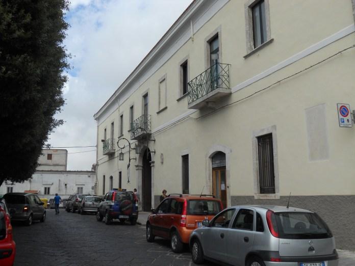 Comune Monte Sant'Angelo (statoquotidiano) Immagine d'archivio