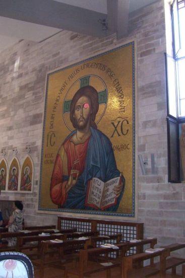 Manfredonia - Chiesa della Sacra Famiglia (st - Ph: Luigi Rignanese)