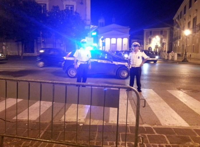 Vigili urbani a Foggia (IMMAGINE D'ARCHIVIO)