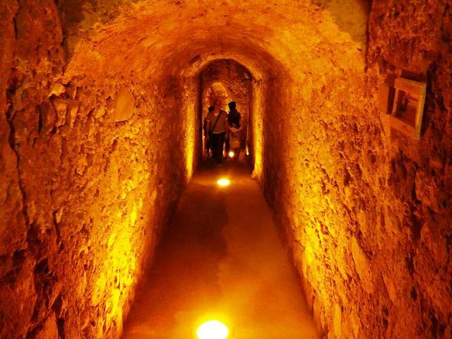 (immagine d'archivio, Castello di Manfredonia)