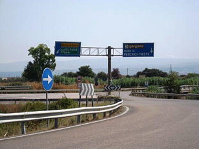 (wikipedia) Strada a scorrimento veloce SS693