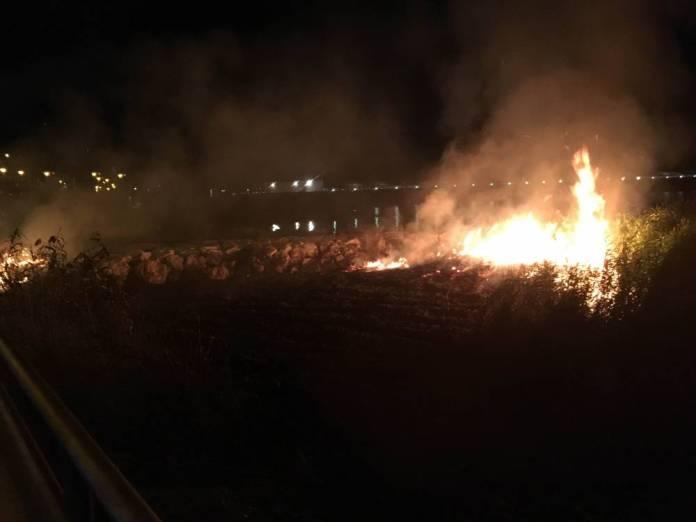 Incendi a Manfredonia (immagine d'archivio - 22.07.2016)