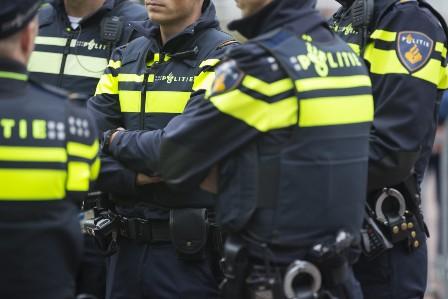 Indagini agenti Polizia olandese