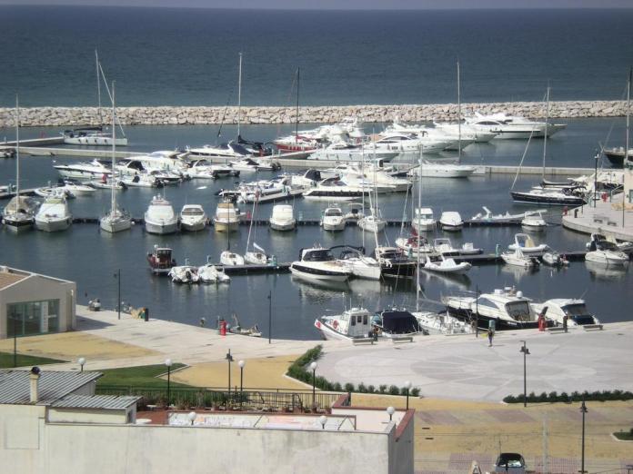 Porto turistico di Rodi Garganico (st)