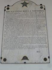 Chiostro Palazzo S.Domenico-La lapide con il bollettino della vittoria dell'Italia nella prima guerra mondiale a firma del gen. Diaz
