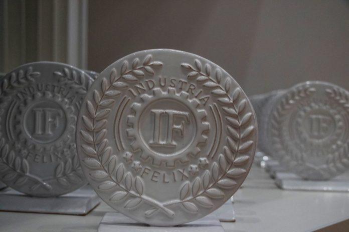 Il brand Industria Felix in ceramica grottagliese