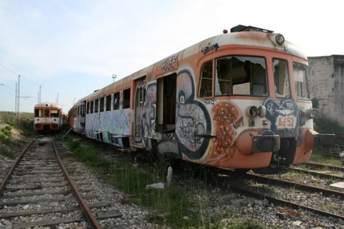 Ferrovie Sud Est: prima vendita di materiali rotabili fuori uso (ph ANSA)