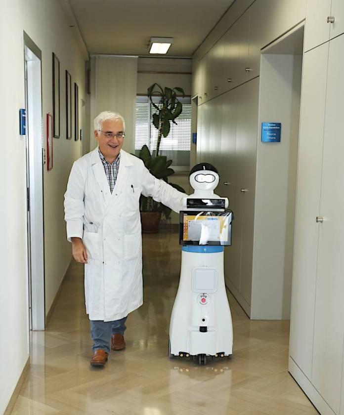Esempio di robot _MARIO progetto di Casa Sollivo Sofferenza a cui Exprivia nn ha partecipato