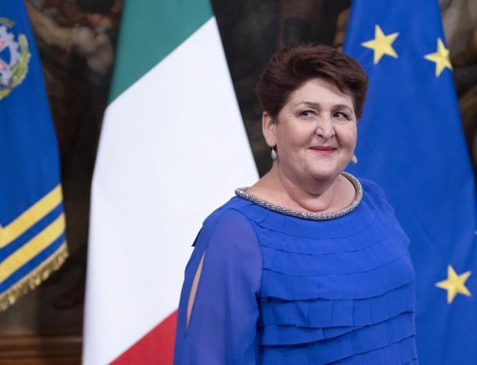 Il ministro delle Politiche Agricole, Teresa Bellanova, prima del consiglio dei ministri del secondo governo Conte a Palazzo Chigi, Roma, 5 settembre 2019.