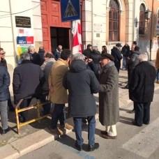 Il seggio presso l' istituto Scillitani a Foggia