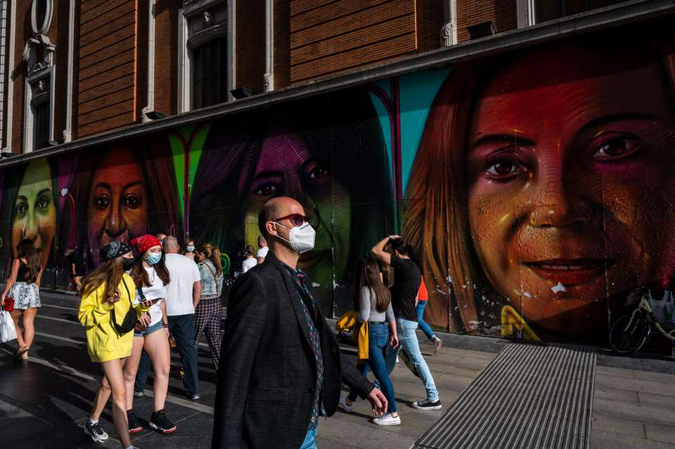 La Catalogna mette in quarantena 200.000 persone