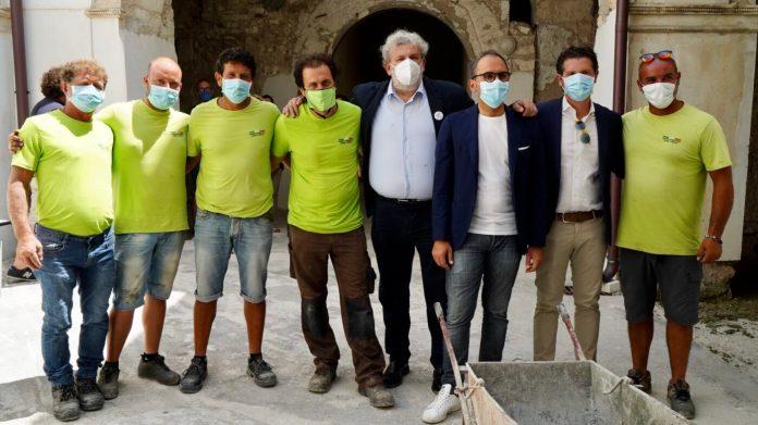La Community Library del Convento di San Francesco è un luogo bellissimo che, grazie al finanziamento della Regione Puglia, diventerà presto un nuovo punto di incontro, di scambio e di azione collettiva