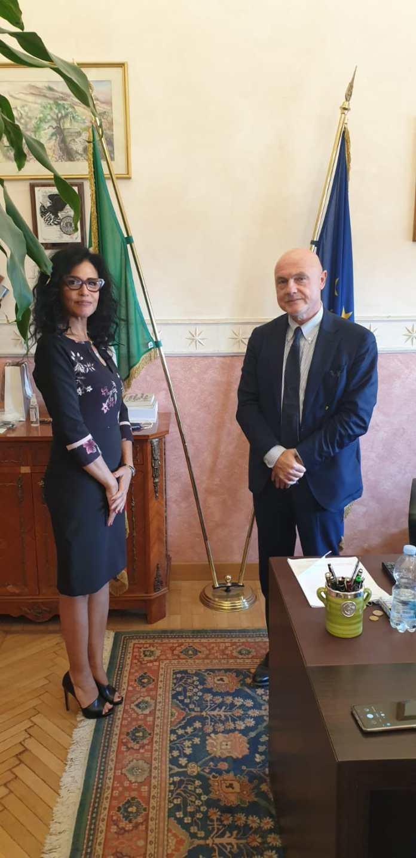 Il Prefetto di Foggia, Raffaele Grassi, ha ricevuto questa mattina il Console della Repubblica di Tunisia a Napoli, Sig.ra Beya Ben Abdelbaki