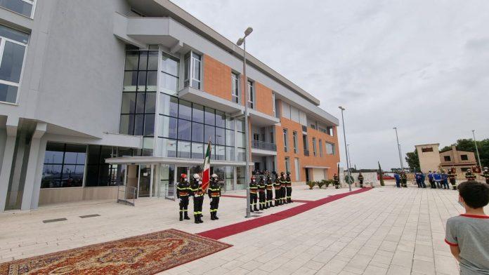Foggia. Ecco la nuova sede del Comando Provinciale dei Vigili del fuoco. Critico La Gatta - ph enzo maizzi