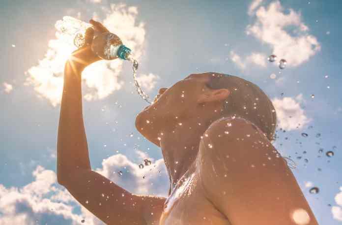 Foggia, 20/07/2021 - (meteolive) Fino a venerdi in Italia farà caldo, ma non si prevedono temperature record. Nel fine settimana invece lo sprofondamento di una saccatura sull'ovest del Continente farà