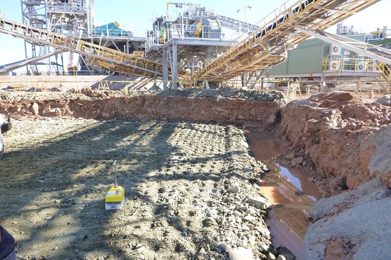 Earthwork Supervision - Compaction Test using a NDM