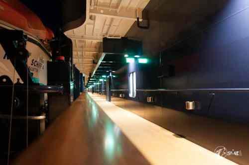 Deck 5 - Steuerbord bei Nacht