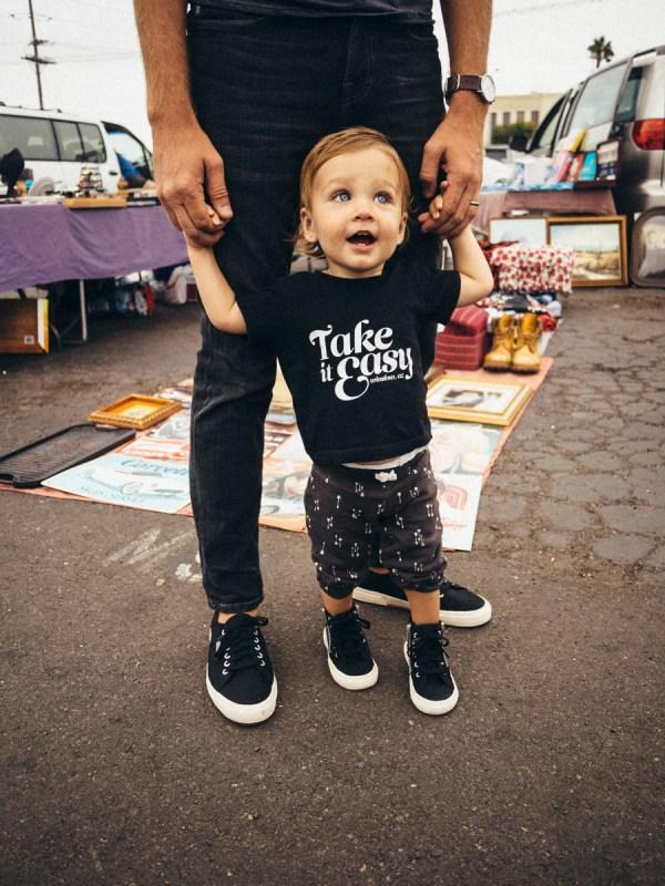 Weekend Flea Market - Stay Classic