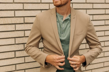 Stretchy Summer Suiting - Stay Classic