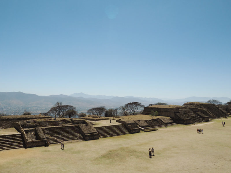 Monte Albán archaeological site: Monte Albán was once the economic center for Mesoamerica for 1,000 years. The site is breathtaking and definitely one to see in Mexico! The mountain was cleared and this is a picture where the historic ball games were performed that ended in sacrafices. | Stay gold Autumn