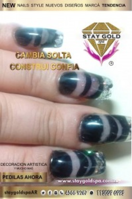 negative style nails
