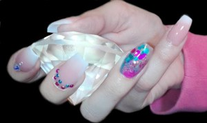 Nails esfumada con piedritas strass