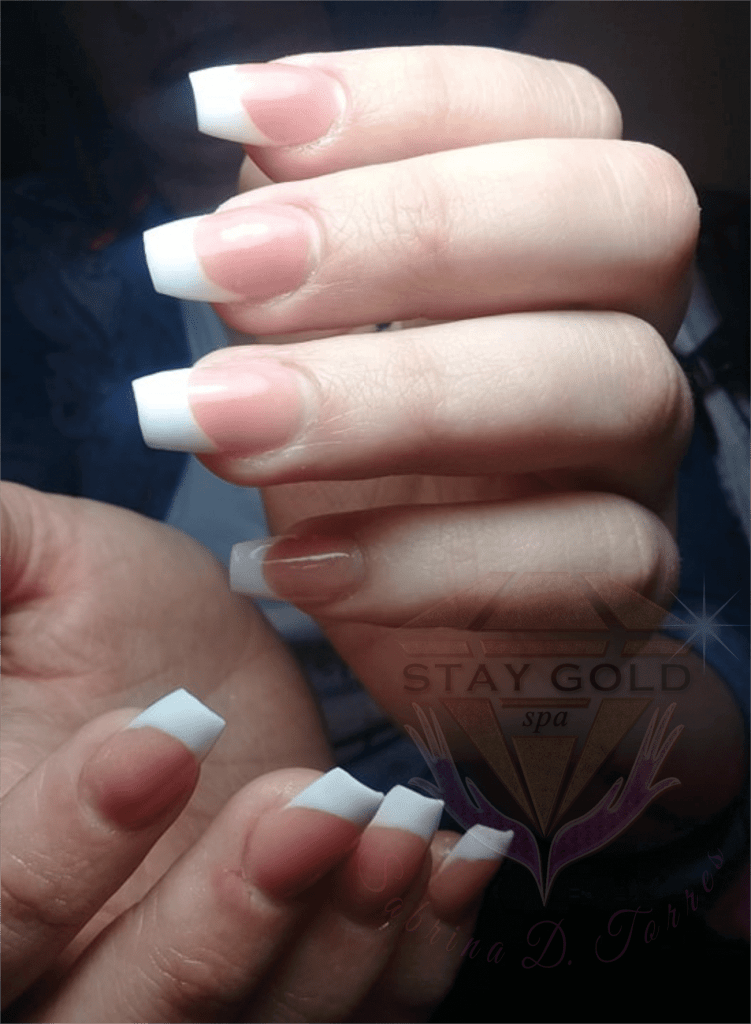 Francesitas o Manicura Francesa Stay Gold Spa AR