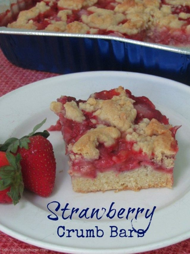 Strawberry-crumb-bars-recipe