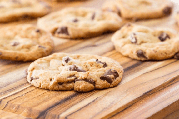 Low Carb Chocolate Chunk Cookies