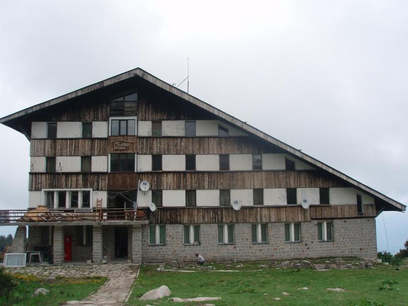 Dom Bezbog (2240 m.n.v.)