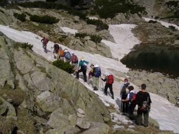Planinari na usponu ka Mominom Dvoru