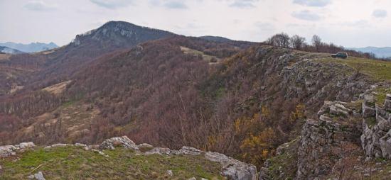 Pogled sa grebena Kunune ka Garvanu