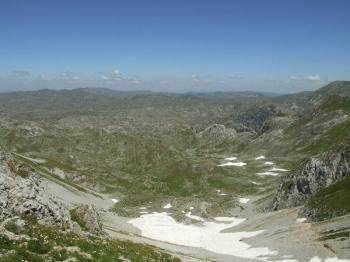 Pogled sa prevoja između Gradišta i Vranovca