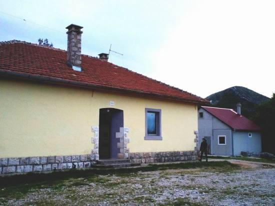 Tuli - Planinarski i izviđački dom