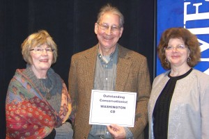Ella and Jay Warmington (left) and Paula Mohr, editor of The Farmer magazine